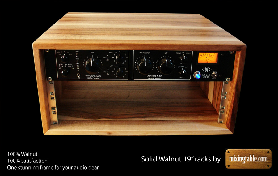 19 inch walnut racks for audio gear by mixingtable.com