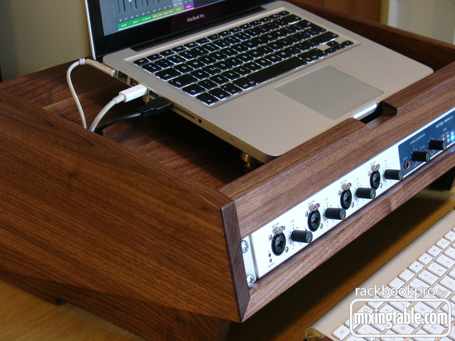 rackbookpro-by-mixingtable-dot-com-2