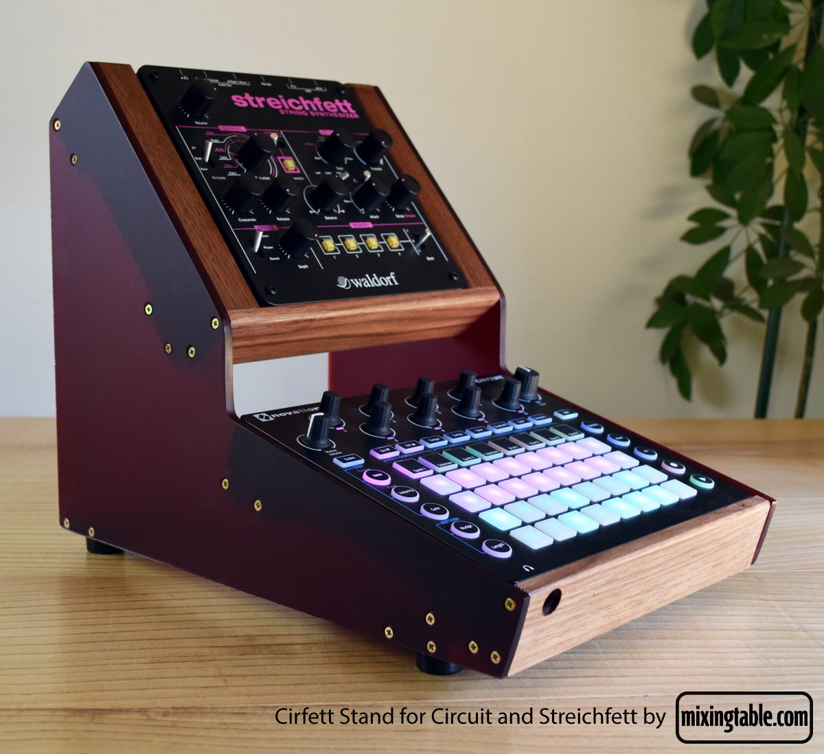 cirfett-stand-by-mixingtable-3