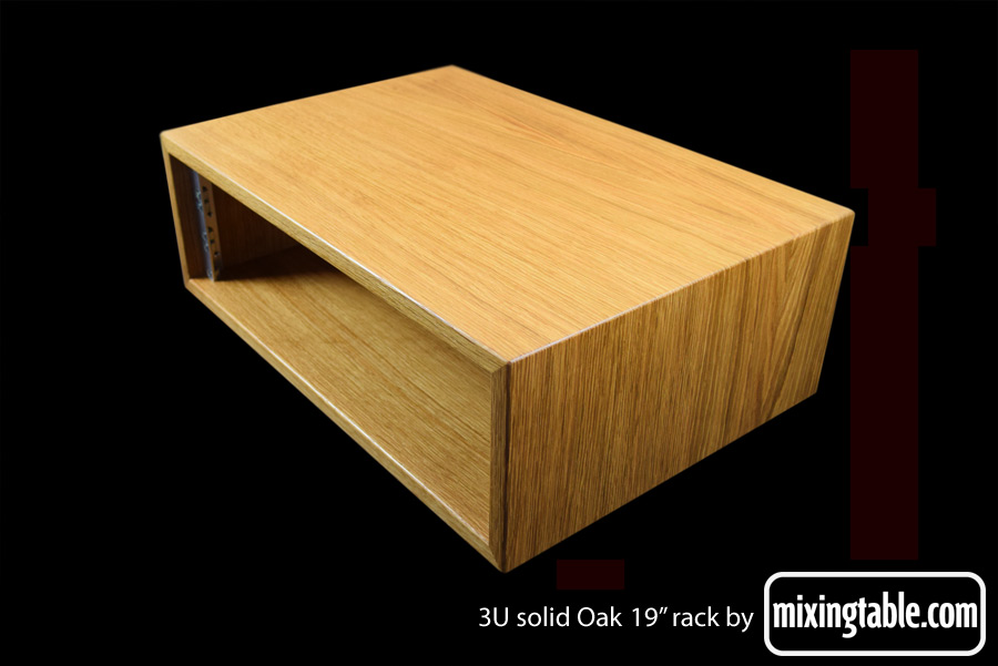 solid-Oak-3U-rack-by-mixingtable
