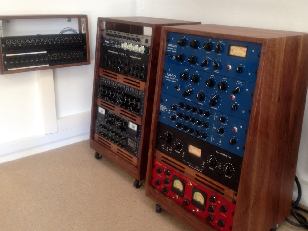 2x-16U-slanted-walnut-racks-by-mixingtable