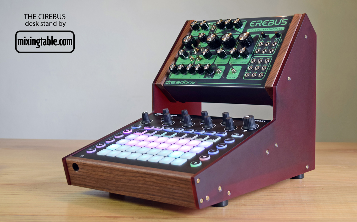 Novabox-Cirebus-stand-by-mixingtable2