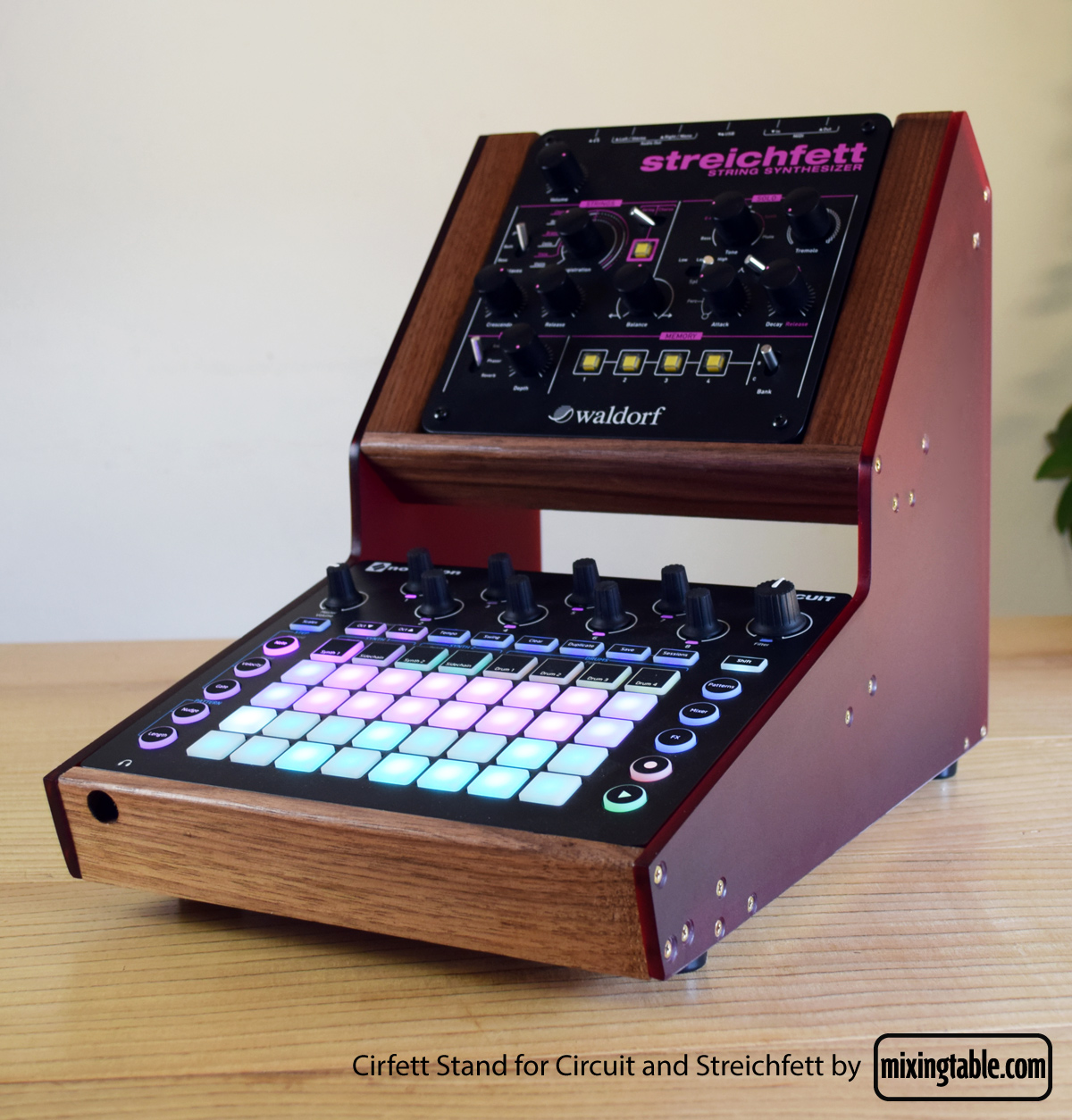 cirfett-stand-by-mixingtable-2
