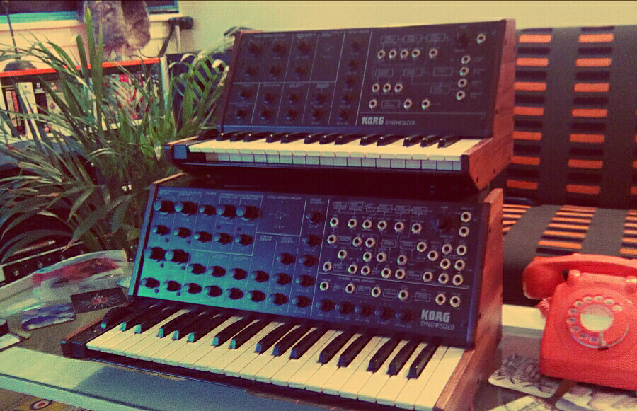 korg-ms-10-and-korg-ms-20-walnut-side-panels